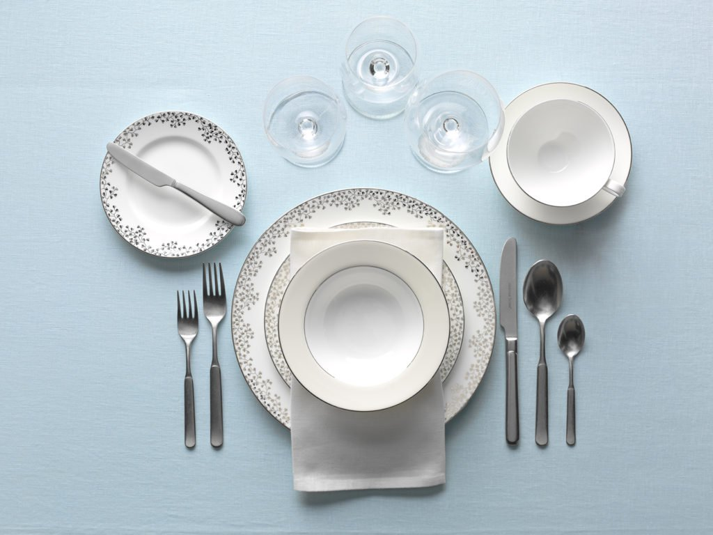 Dinner & Cutlery set